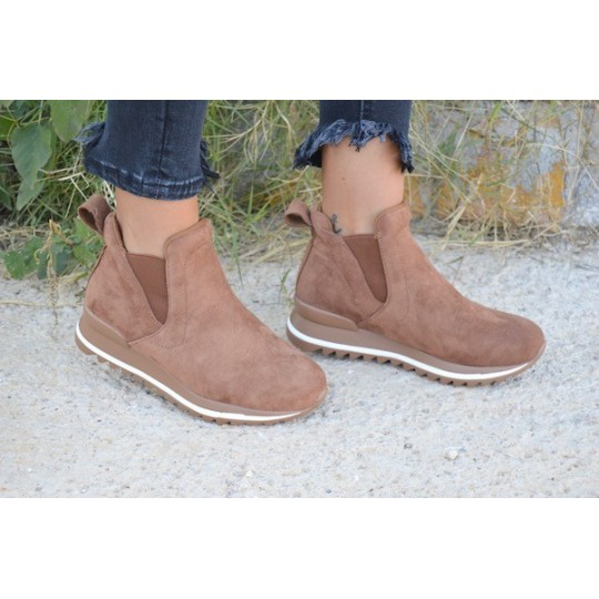 SNEAKERS STYLE camel